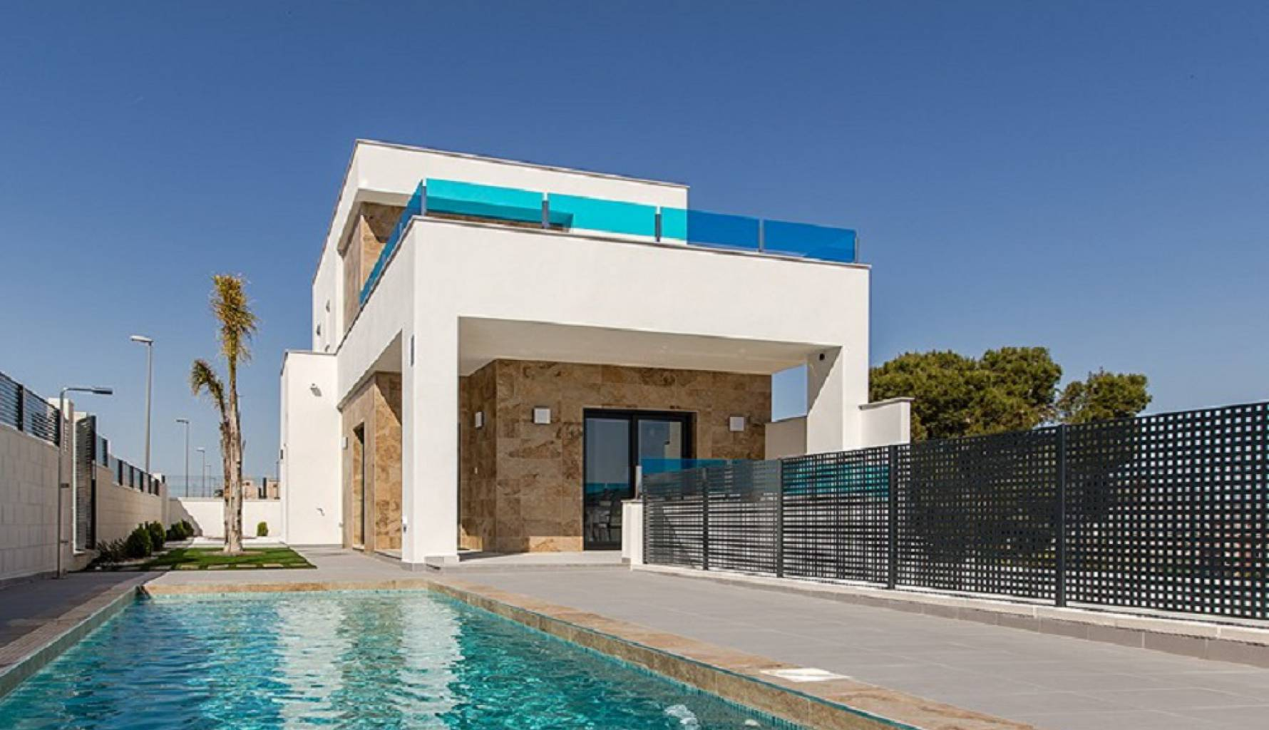 Property | Luxury villas with pool for sale in Bigastro